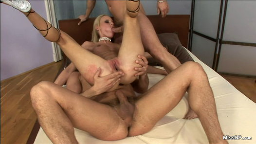 MissDP.com - Gitta Blond HD video screenshots - 1 - 10